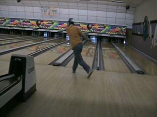 Bowling - Me bowling