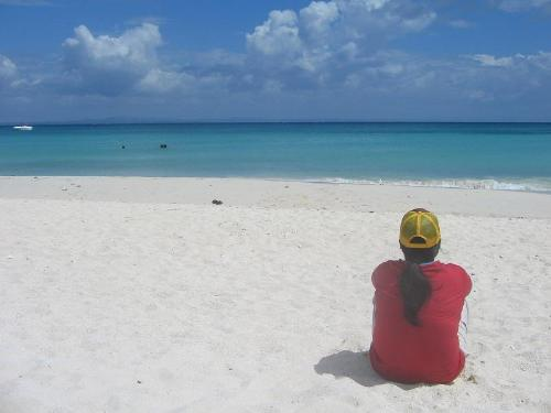 boracay - this is my friend emmadelle watching the beautiful shore of boracay... :) i hope i could go there like my friend.