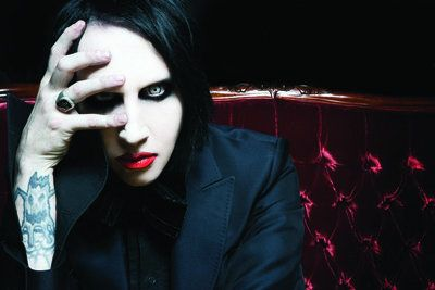 Mariliyn Manson - Newer picture of him. For his Eat Me, Drink Me era.