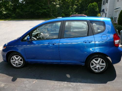 Honda Fit - Here is my newest car. I traded in my 93 Saturn for this beautiful car.