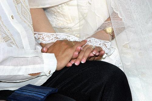wedding pictures - holding hands,exchanging vows and loving each other forever!