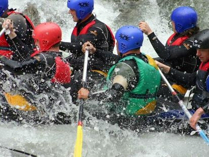Team building - rafting - Rafting is a good sport, huh? It really needs to trust each other... it can makes your team a real team player...