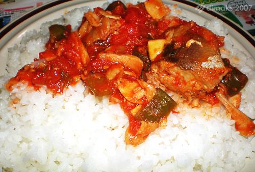 Fish in thick tomato sauce - This is just a home-made fish in thick tomato sauce.