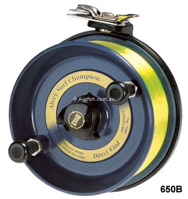 Alvey 650b light surf reel - This is the larger of the 2 reels I have and im using ot on a 14 ft rod with 9 pound line.