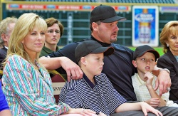 Roger Clemens with family - roger clemens