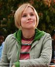 Veronica Mars - She's beautiful, just, self-confident. I love her. And also she's clever, be fond of taking photos. Oh, she uses ipod laptop. lol. The actor is KristEn Bell