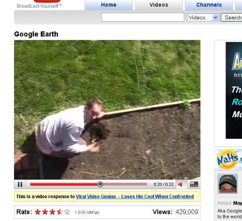 Goolge Earth this man - Google Earth Taking a Pic on this Man, hahahaha