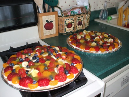 Fruit Pizza - Wonderful good for you dessert!