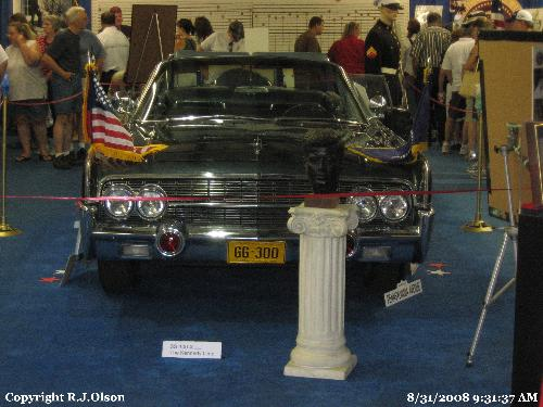 Kennedys Limo - A replica used in 3 movies about kennedy and family