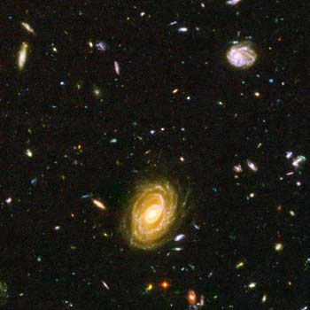 Galaxies in the Universe - Hubble Space Telescope's deep space pictures of observable galaxies in our Universe.