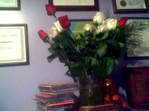 Flowers From My Husband For Our 2nd Anniversary - Aren't they nice? Just like the ones I had on our wedding day.
