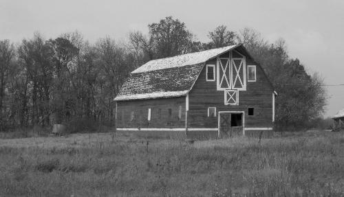 old barn - This is a picture of a old barn.  Taken in December 2009 outside of Winnipeg Manitoba Canada
