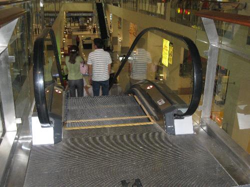 escalator - escalator in a newly-built mall