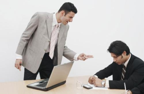 Boss or being a friend, professional or personal t - Being a boss or friends differs the two should not be mix up when it comes to professional relationship.