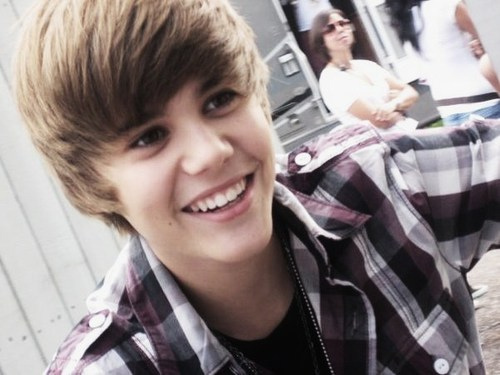 Justin Bieber - Just a picture to show you who and how Justin Bieber's hair is