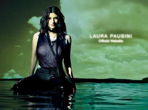 Laura Pausini - This is a picture I took from her official Website. I really liked the picture, it's very beautiful.