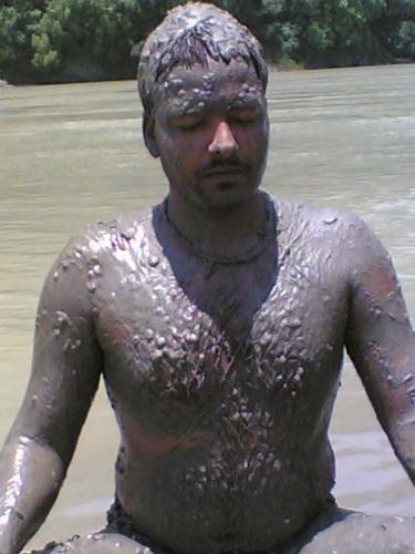 samadhi - yogi in ganga