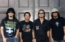 jamrud termasuk band papan atas indonesia - jamrud